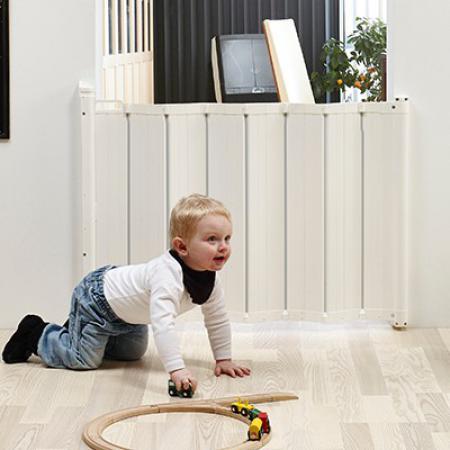 Barreras de seguridad para puertas y escaleras beb sbeb s - Puertas escaleras bebes ...