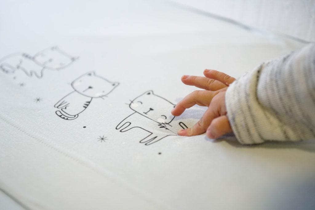 e85728fd7 prepara la llegada del pequeño eligiendo la mejor ropa de cuna para bebé -  BebésBebés